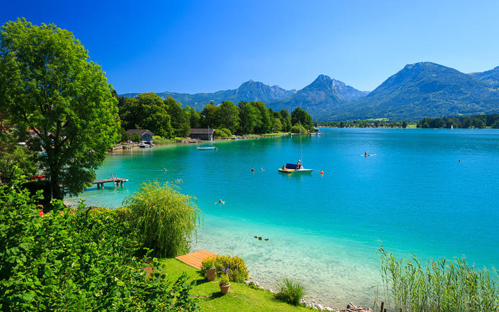 Der beliebte Wolfgangsee im Salzkammergut © Pawel Kazmierczak / shutterstock.com