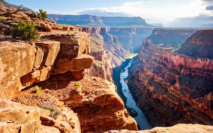 Grand Canyon bei Sonnenaufgang, Grand Canyon Nationalpark, Arizona © Sumikophoto / Shutterstock.com