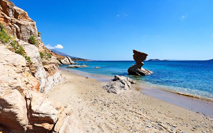 Felsformation in Liopessi © Constantinos Iliopoulos / Shutterstock.com