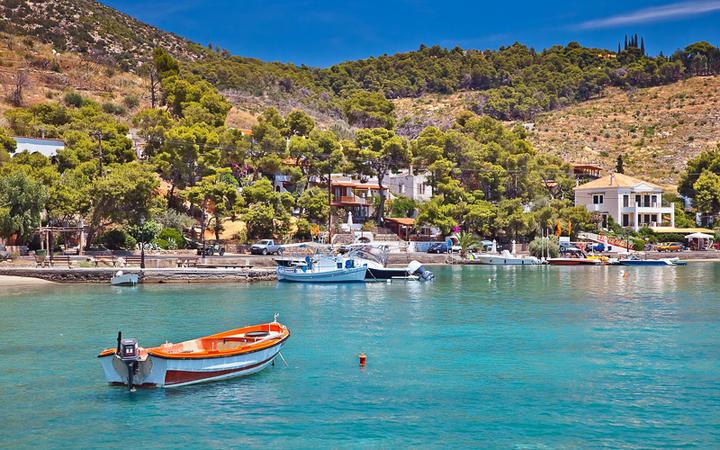 Blick auf den Askeli-Strand auf Paros © S.Borisov / Shutterstock.com